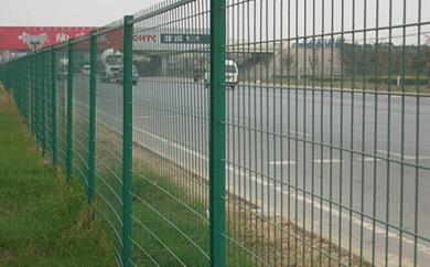 公路护栏网